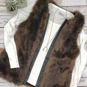 Sanctuary brown faux fur vest